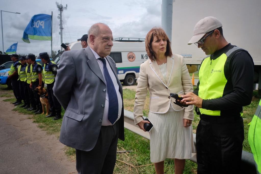 Arroyo y Bullrich repasaron el trabajo de las fuerzas de seguridad