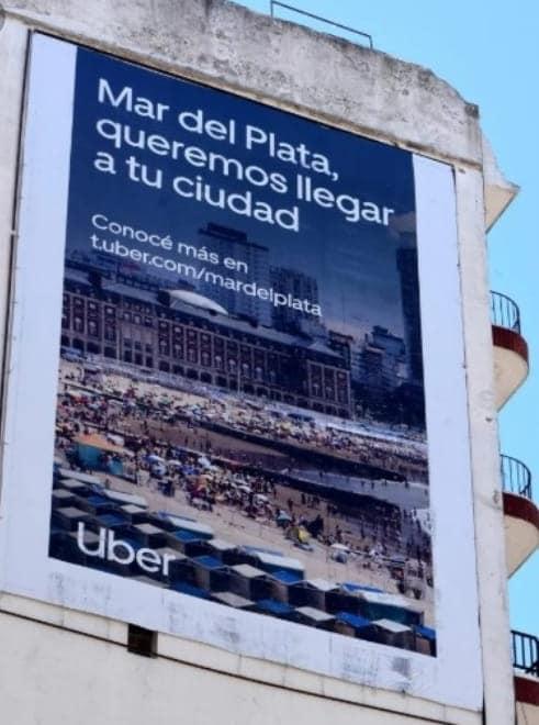 Quitaron el cartel de UBER