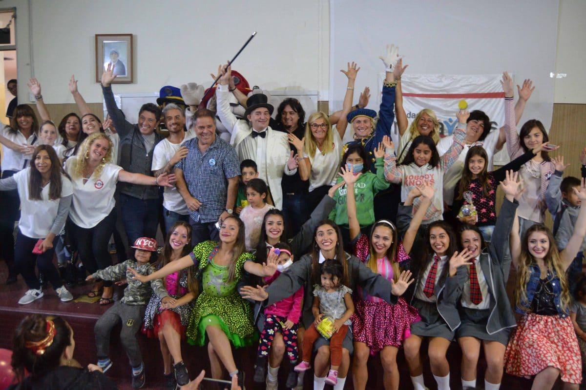 Fundación Maravillas llevó alegría y colores al Materno Infantil