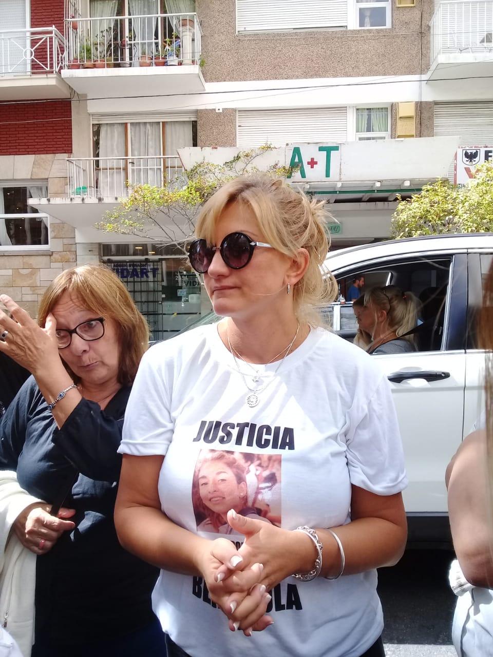 Caso Lucía: con escenas de dolor y algunas desprolijidades comenzó el juicio