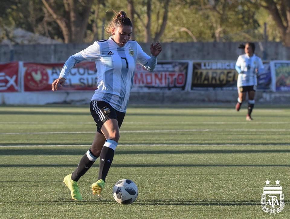 Fútbol femenino: dos marplatenses van por un lugar en el Mundial