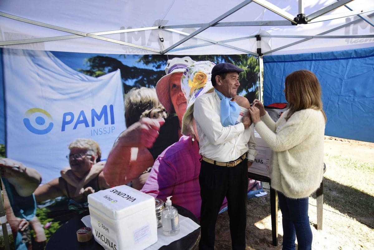 PAMI: más de 700 mil afiliados ya se vacunaron contra la gripe y el neumococo