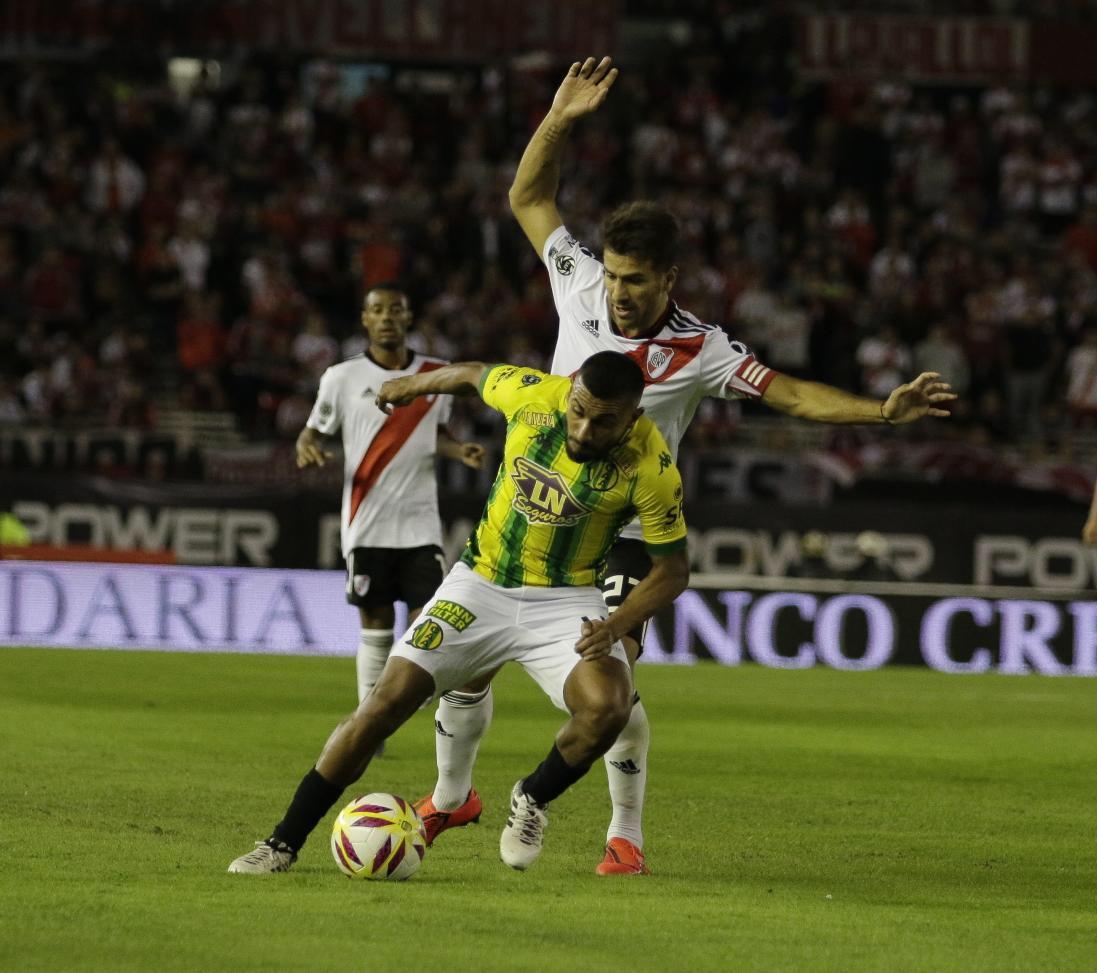 """Alberto Fernández afirmó que """"sería una locura"""" volver a jugar al fútbol con público"""
