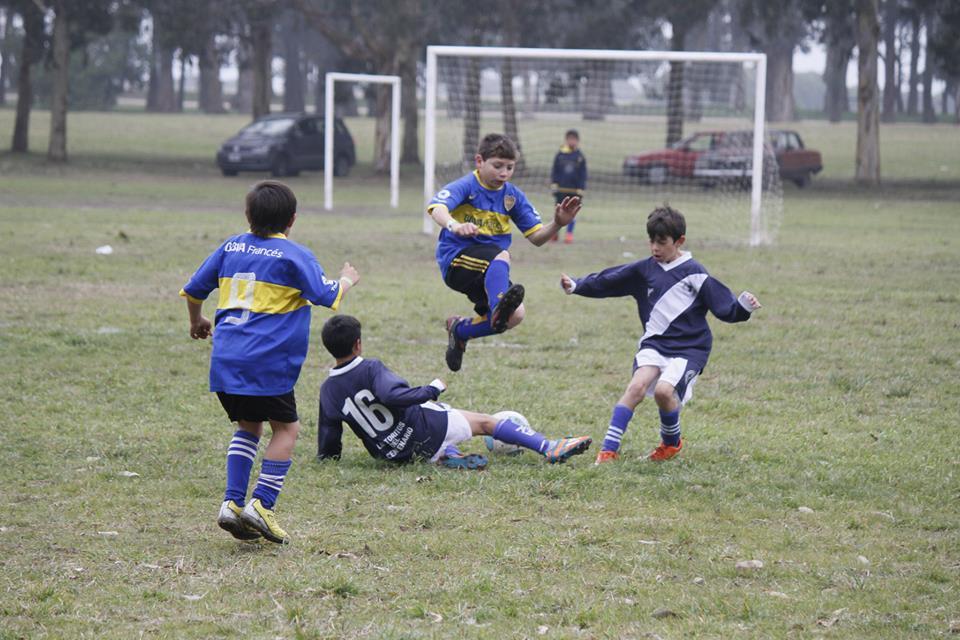 El sábado arranca el fútbol barrial