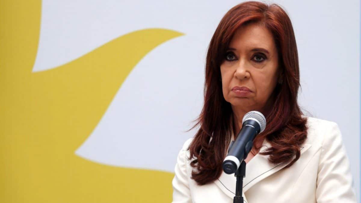 Piden que el juicio contra Cristina Kirchner por la obra pública comience el martes