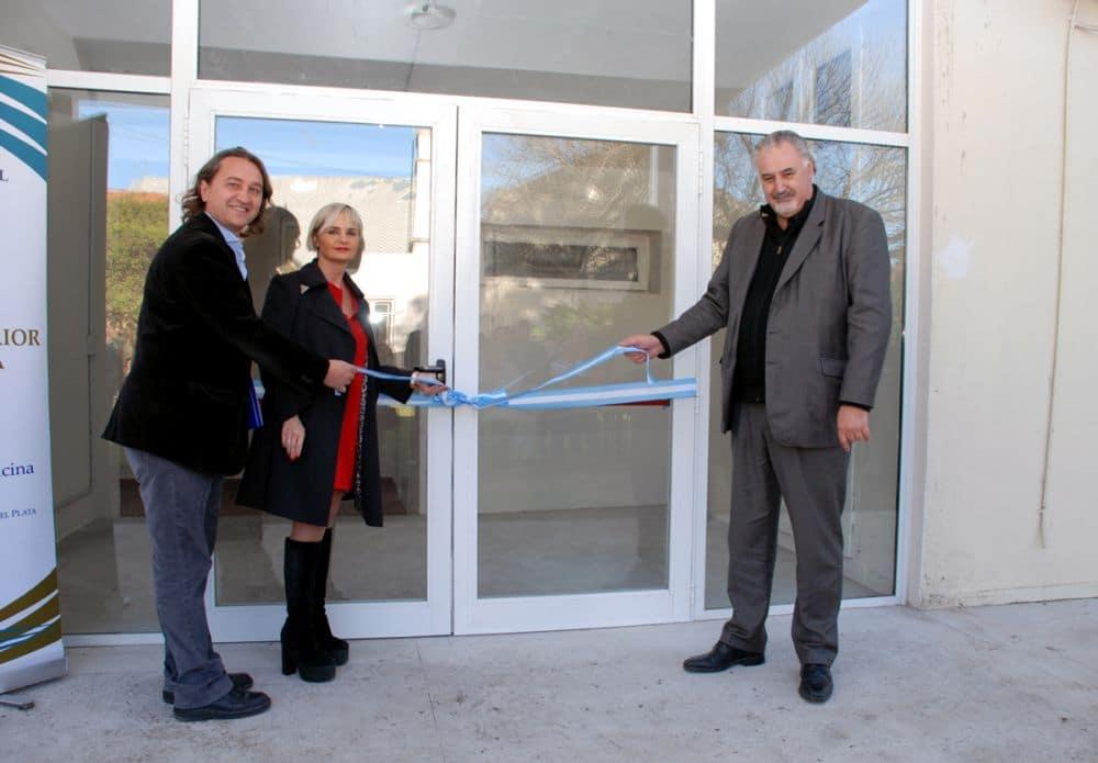 La Escuela de Medicina inauguró un aulario y nuevas áreas de servicios