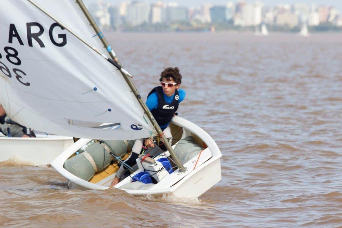 Con tres marplatenses, entrena el equipo argentino de Optimist