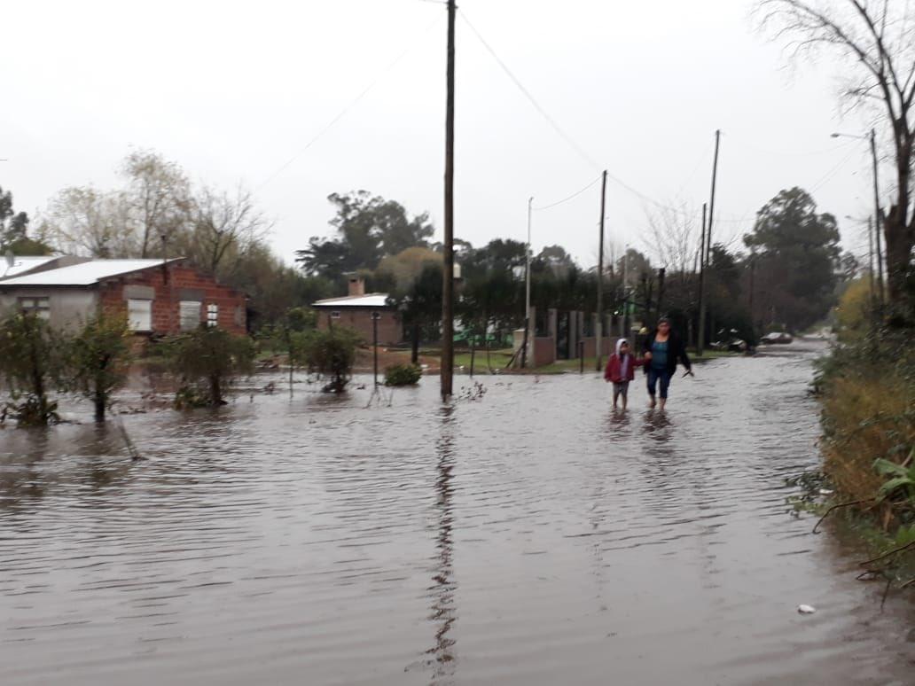 Dos familias evacuadas a causa del temporal en Mar del Plata