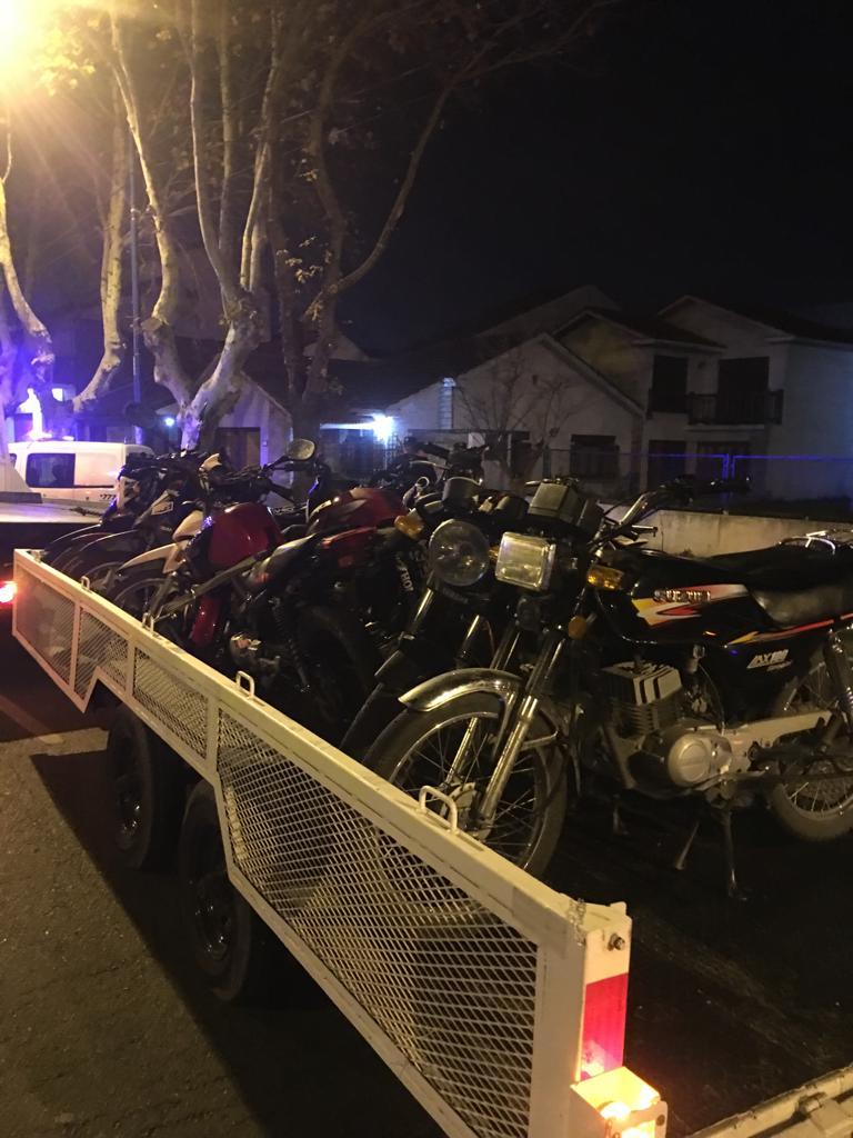 Secuestro de drogas y vehículos en operativo en la Zona Roja
