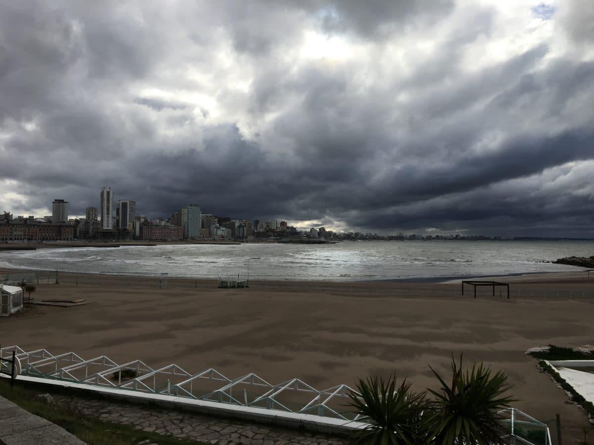 Mar del Plata afectada por fuertes vientos