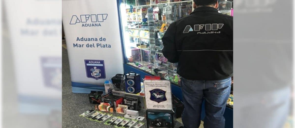 La Aduana desbarató banda dedicada al contrabando de cigarrillos electrónicos