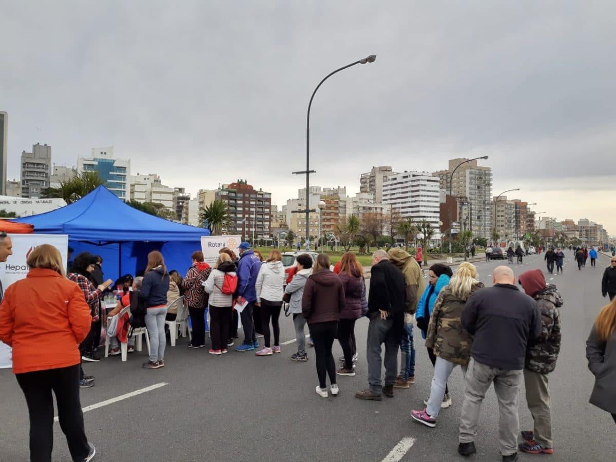 Se realiza frente a la Catedral una nueva campaña de concientización sobre la Hepatitis