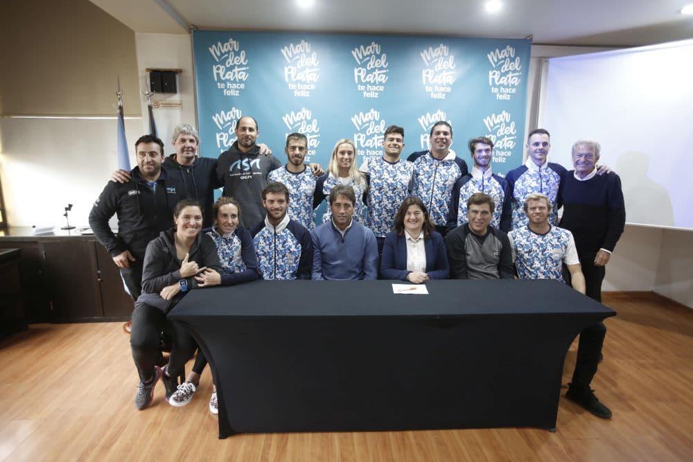 Despidieron al Equipo Argentino de Surf que viaja a los Juegos Panamericanos