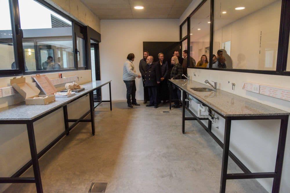Arroyo encabezó la reapertura del Museo Municipal de Ciencias Naturales