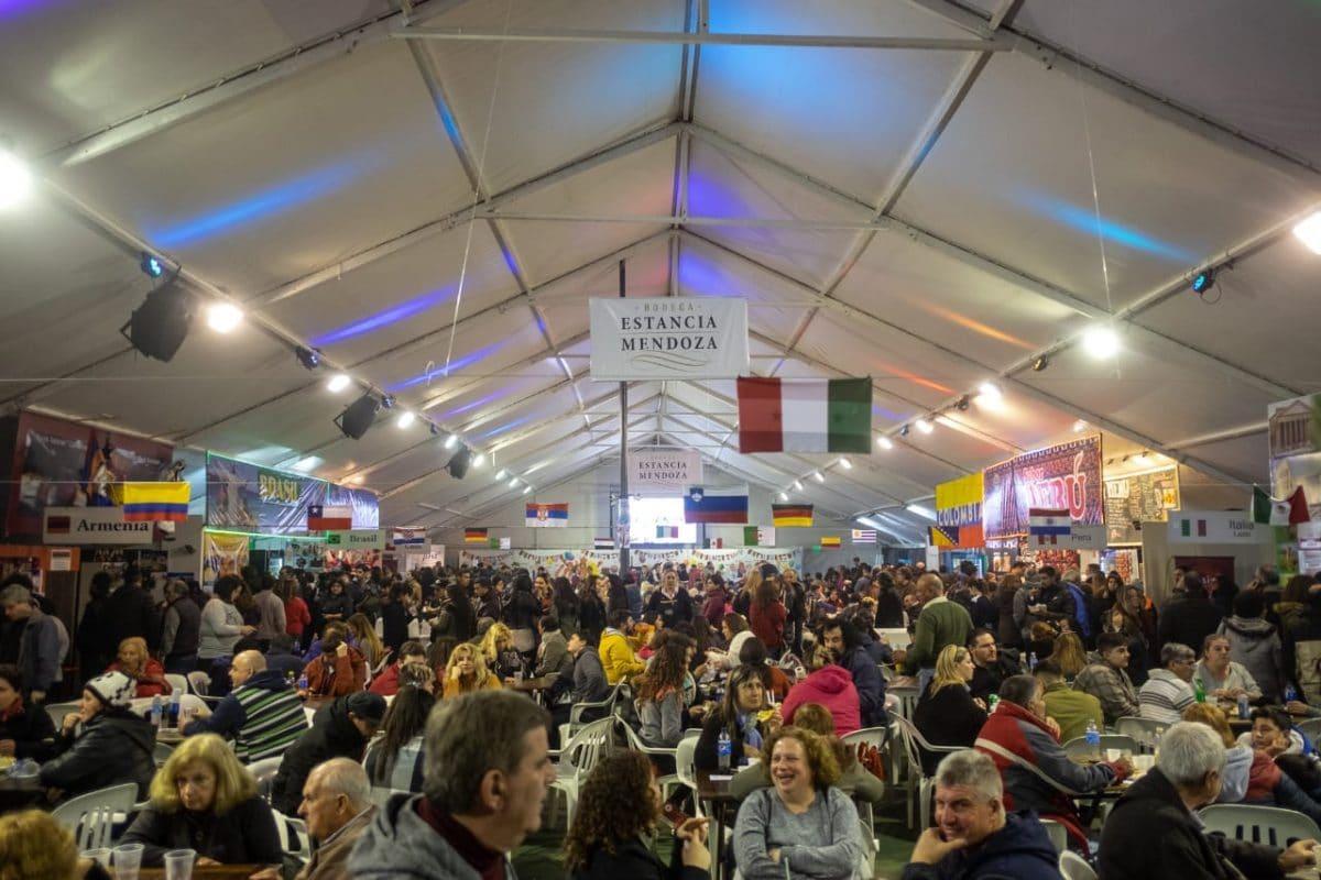 Más de 160 mil personas ya visitaron la 25° Feria de las Colectividades