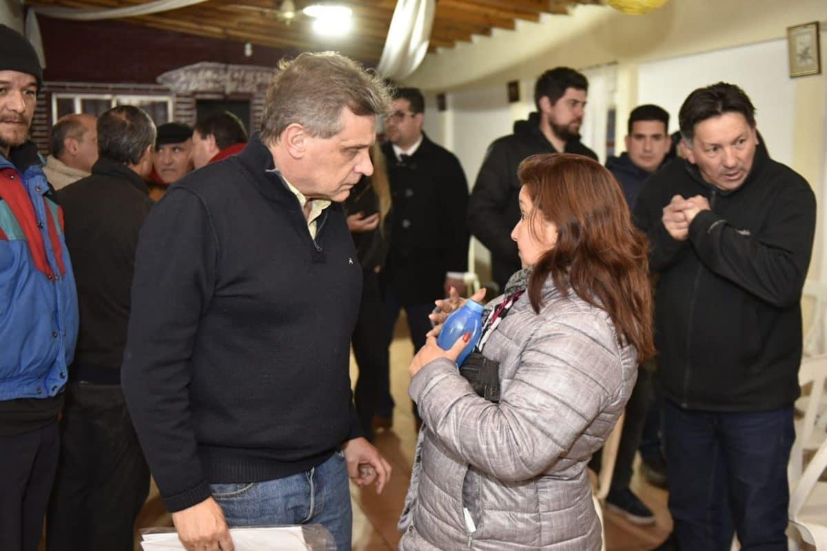 Pulti ratificó su compromiso con el Puerto en un encuentro barrial