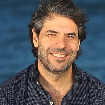 """Presentan libro a 50 años del hundimiento del buque pesquero """"Pionero"""""""