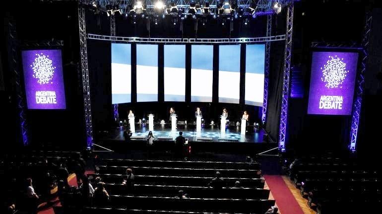 Quince ciudadanos elegidos por sorteo podrán presenciar los debates presidenciales