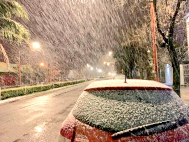 La nieve pasó por Tres Arroyos, ¿llegará a Mar el Plata?