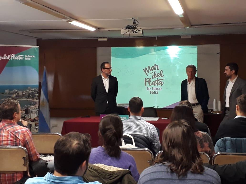 Acción promocional del destino Mar del Plata ante agencias de viajes de Córdoba