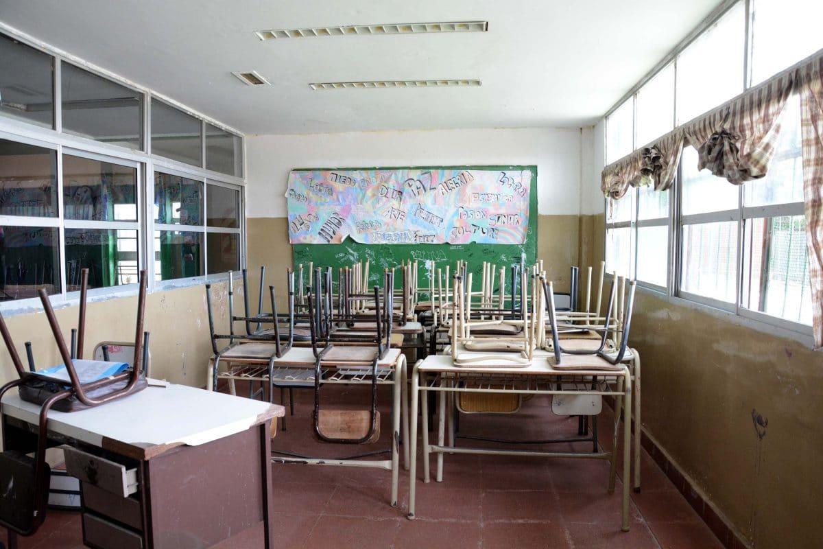 Consejeros escolares critican a Montenegro por no firmar un convenio por obras para escuelas