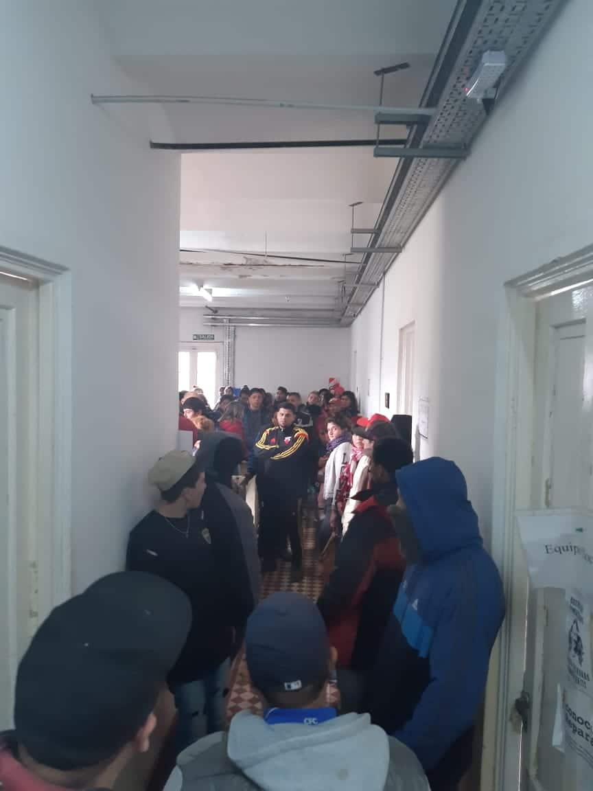 Militantes del Polo Obrero mantienen la toma en el Unzué