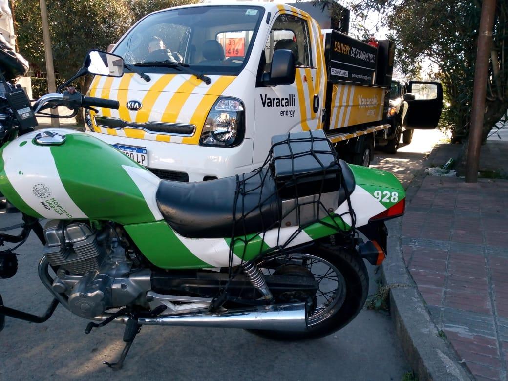 """Tránsito secuestró un camión """"delivery"""" de combustible"""