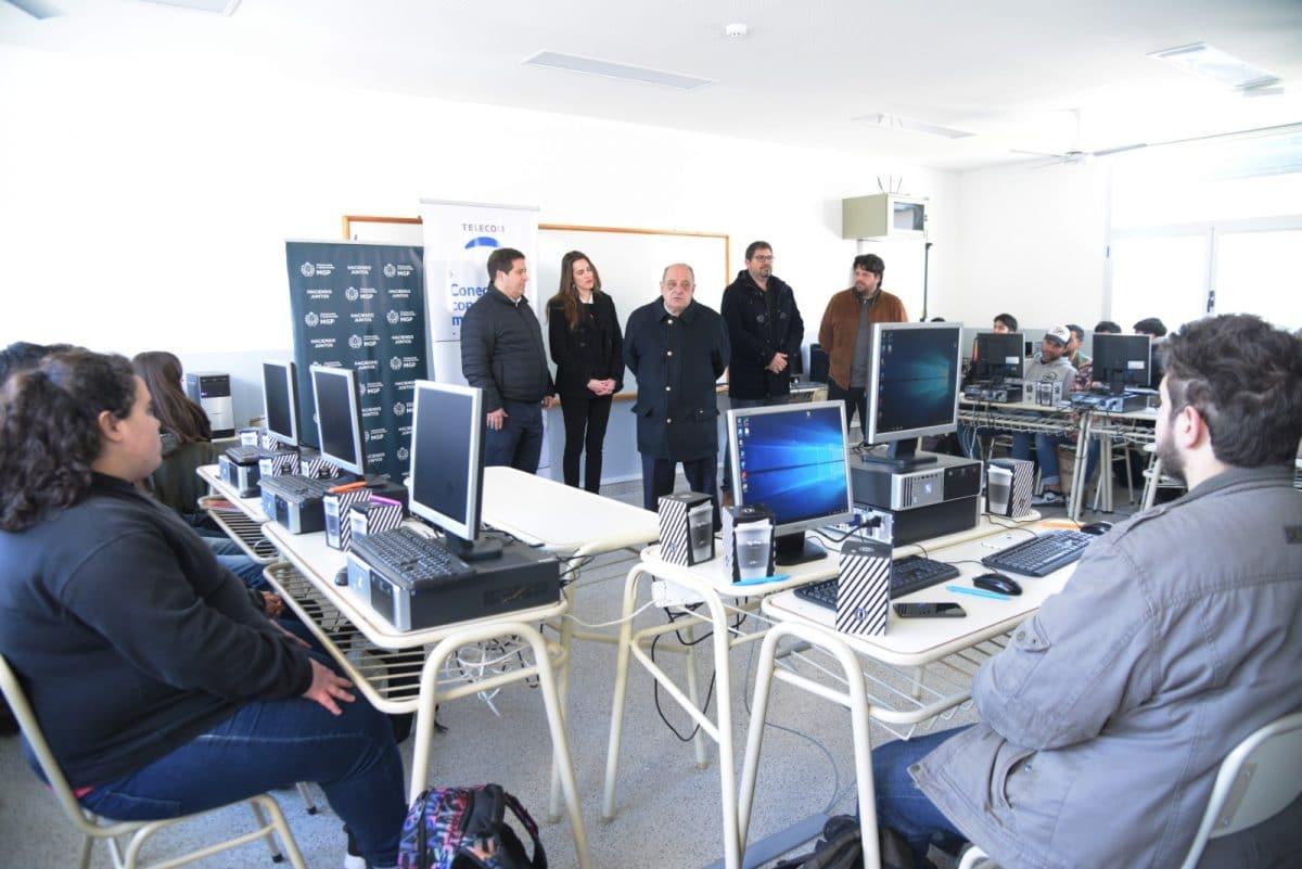 Comenzó en CETEC un curso gratuito de Programación Web