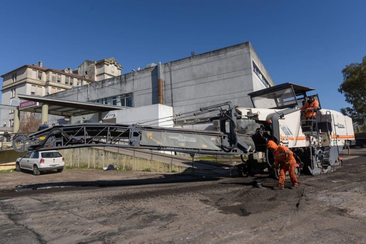 Arroyo supervisó obra de asfalto en el circuito interno del Hospital Interzonal