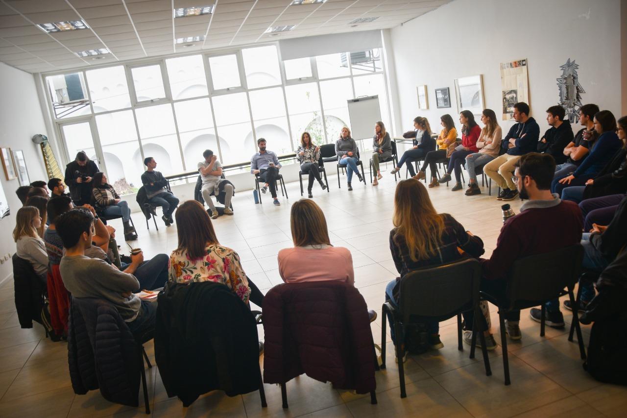 Más de 30 jóvenes participaron del primer encuentro de la Comunidad Global Shapers