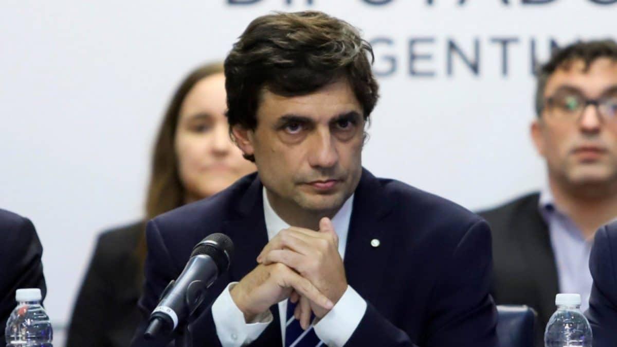 """Lacunza presentó el Presupuesto 2020 y pidió """"construir consensos"""" en política económica"""