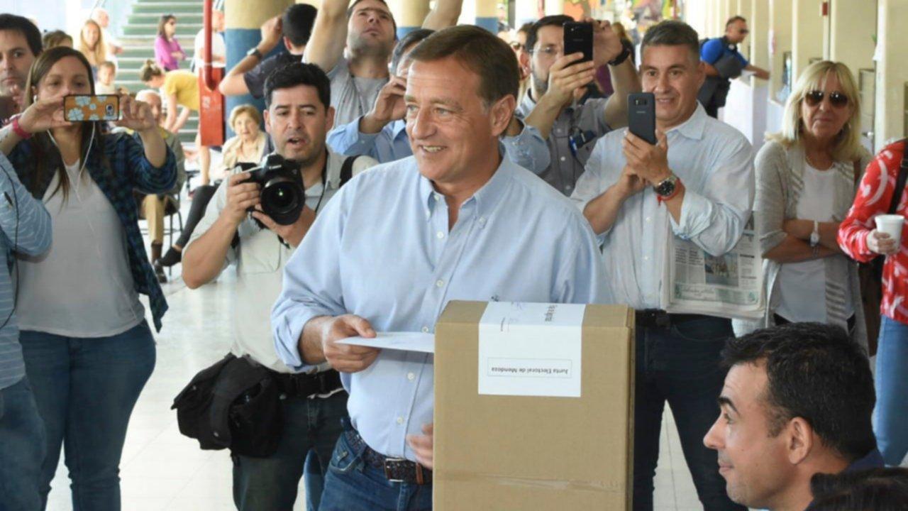 Macri felicitó al gobernador electo de Mendoza Rodolfo Suárez