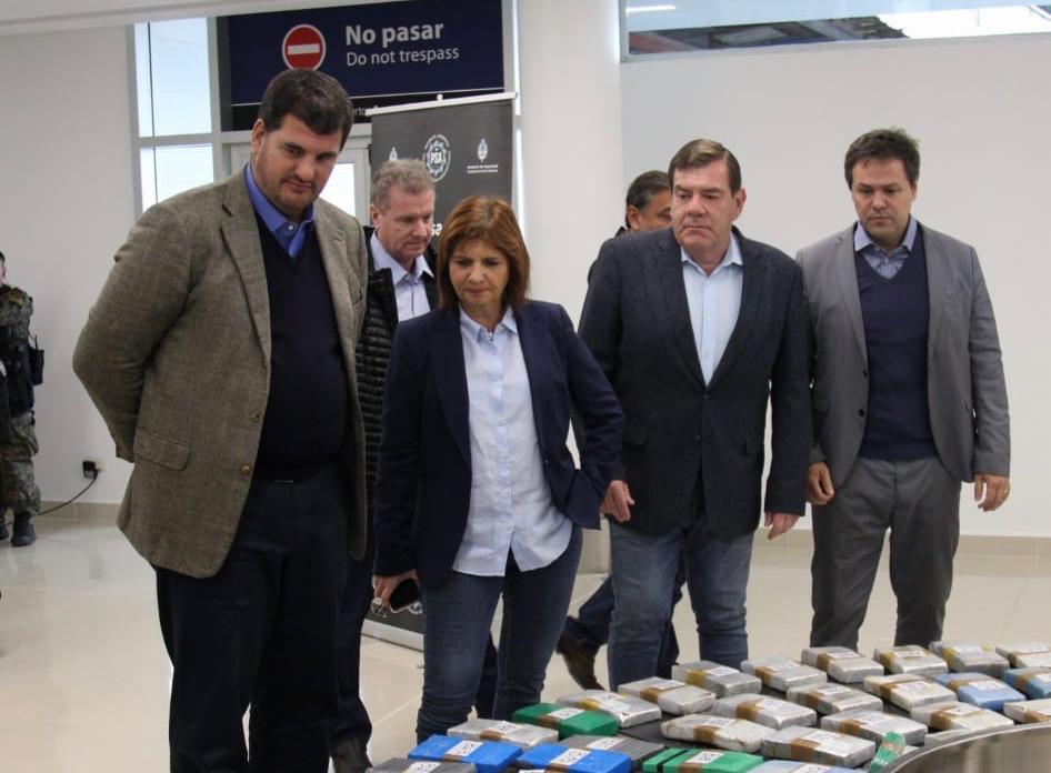 """Montenegro cuestionó los dichos de Kicillof: """"preocupa que legitime que vender droga es una salida laboral"""""""