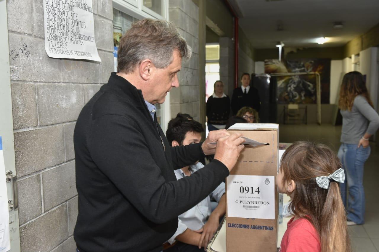 """Pulti denunció """"vandalismo militante"""" con sus boletas"""