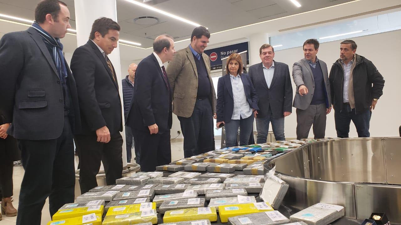 """Bullrich en Mar del Plata: """"quedó demostrado que no podemos aflojar en la lucha contra el narcotráfico"""""""