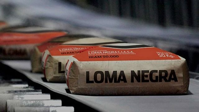 Cierra Loma Negra en Olavarría, la fábrica desde la que se hizo el primer despacho de cemento del país
