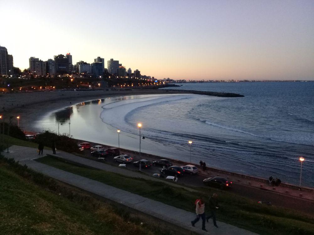 La temperatura del mar promedió 20,2 grados durante enero en Mar del Plata