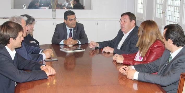 Abogados iniciaron encuentros con candidatos a intendente