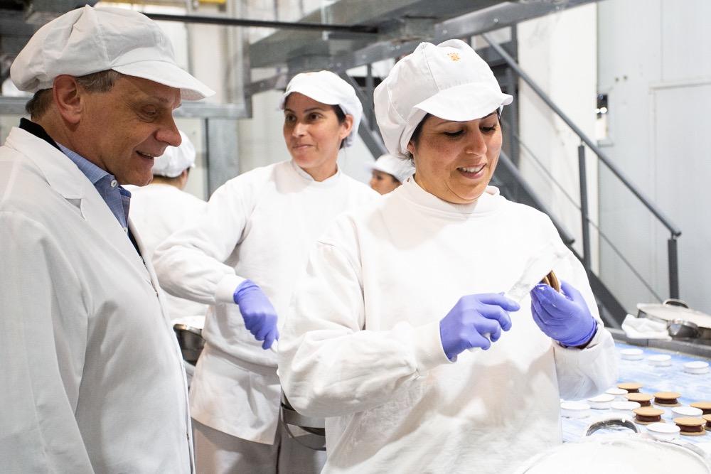 Pulti visitó la planta de Havanna: «es el corazón del trabajo marplatense proyectándose al mundo»