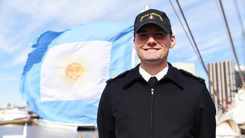 """Un marplatense conociendo el mundo a bordo de la fragata ARA """"Libertad"""""""