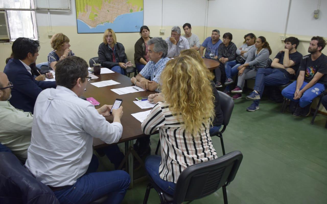 """""""La emergencia alimentaria es una responsabilidad del gobierno municipal que se va y también del que viene"""""""