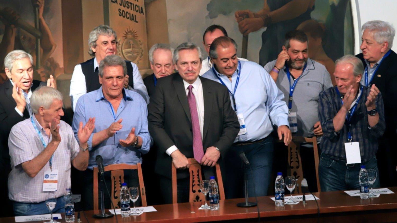 """Alberto Fernández en la CGT: """"El movimiento obrero es parte del gobierno que empieza el 10 de diciembre"""""""