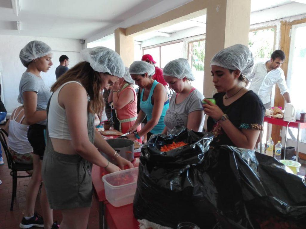 """Jóvenes Solidarios lanza por segundo año consecutivo  la campaña """"Navidad sin Invisibles"""""""