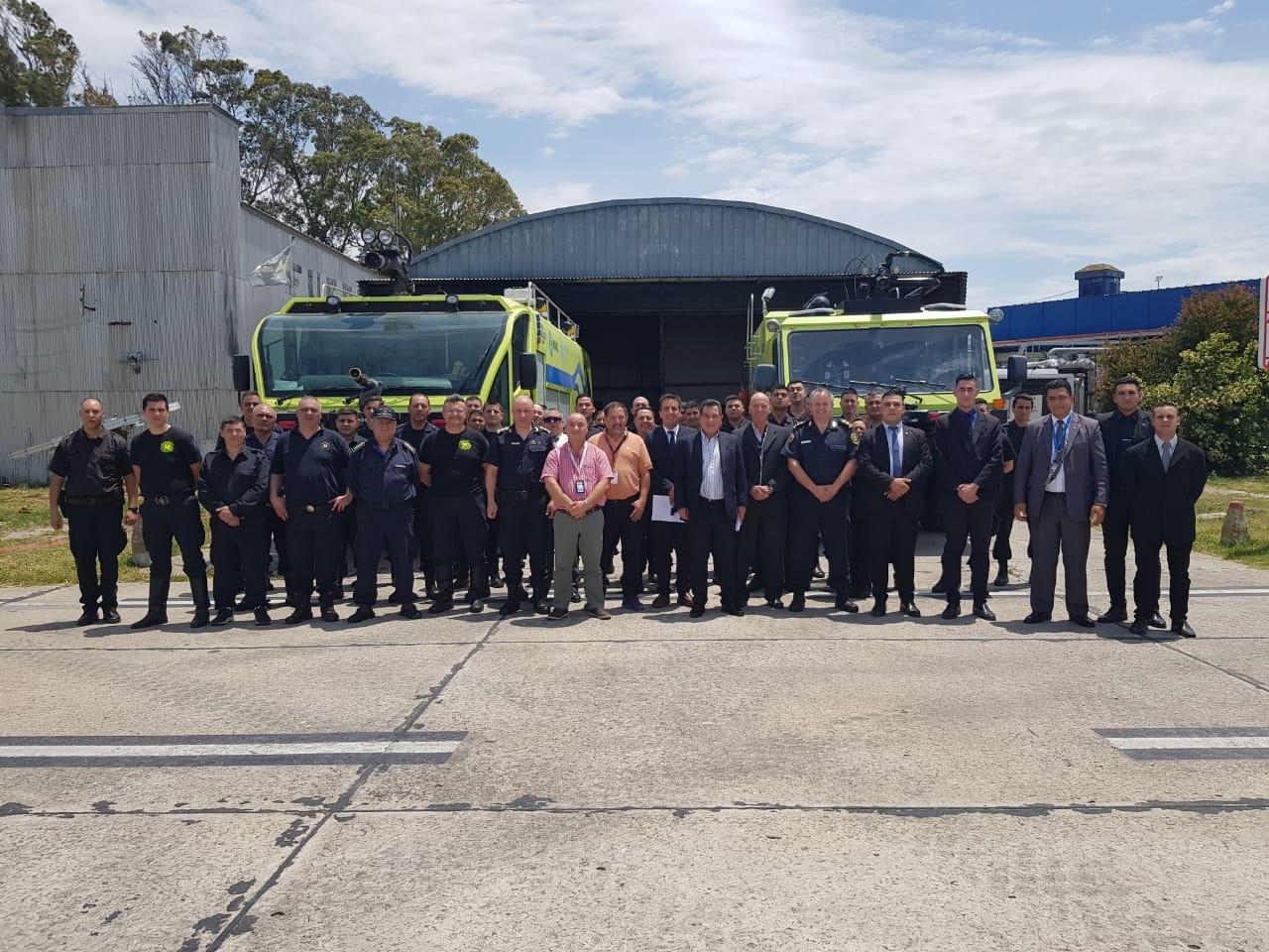 Bomberos de la Policía Federal ya trabajan en el Aeropuerto de Mar del Plata