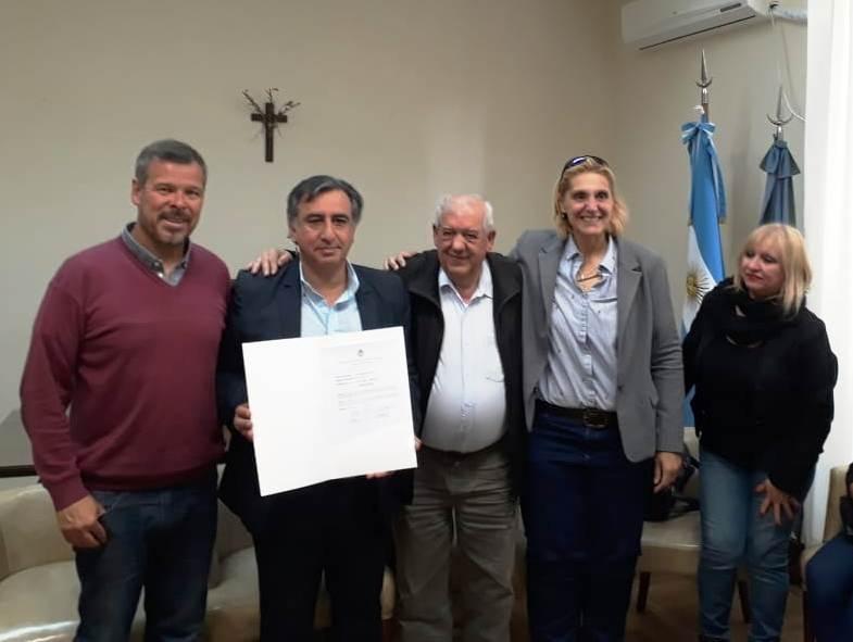 """Alejandro Yapuncic es """"vecino destacado"""" de General Pueyrredon"""
