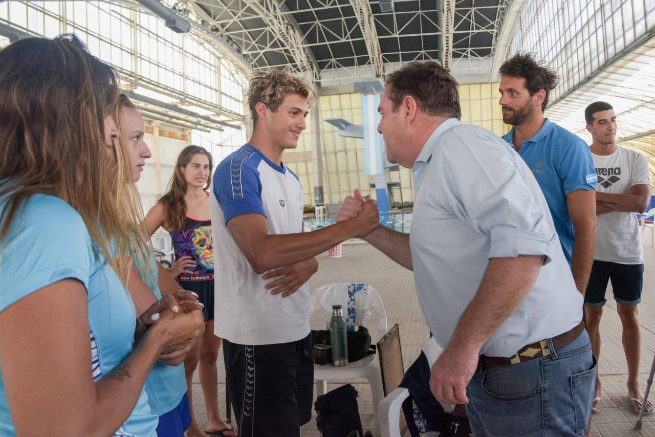 Montenegro visitó el natatorio municipal