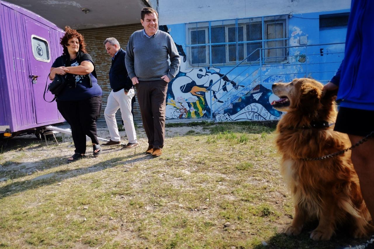Montenegro supervisó jornada de castración de mascotas con el Quirófano Móvil