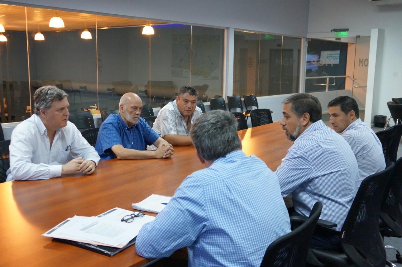 Defensores del Pueblo se reunieron con el Secretario de Seguridad