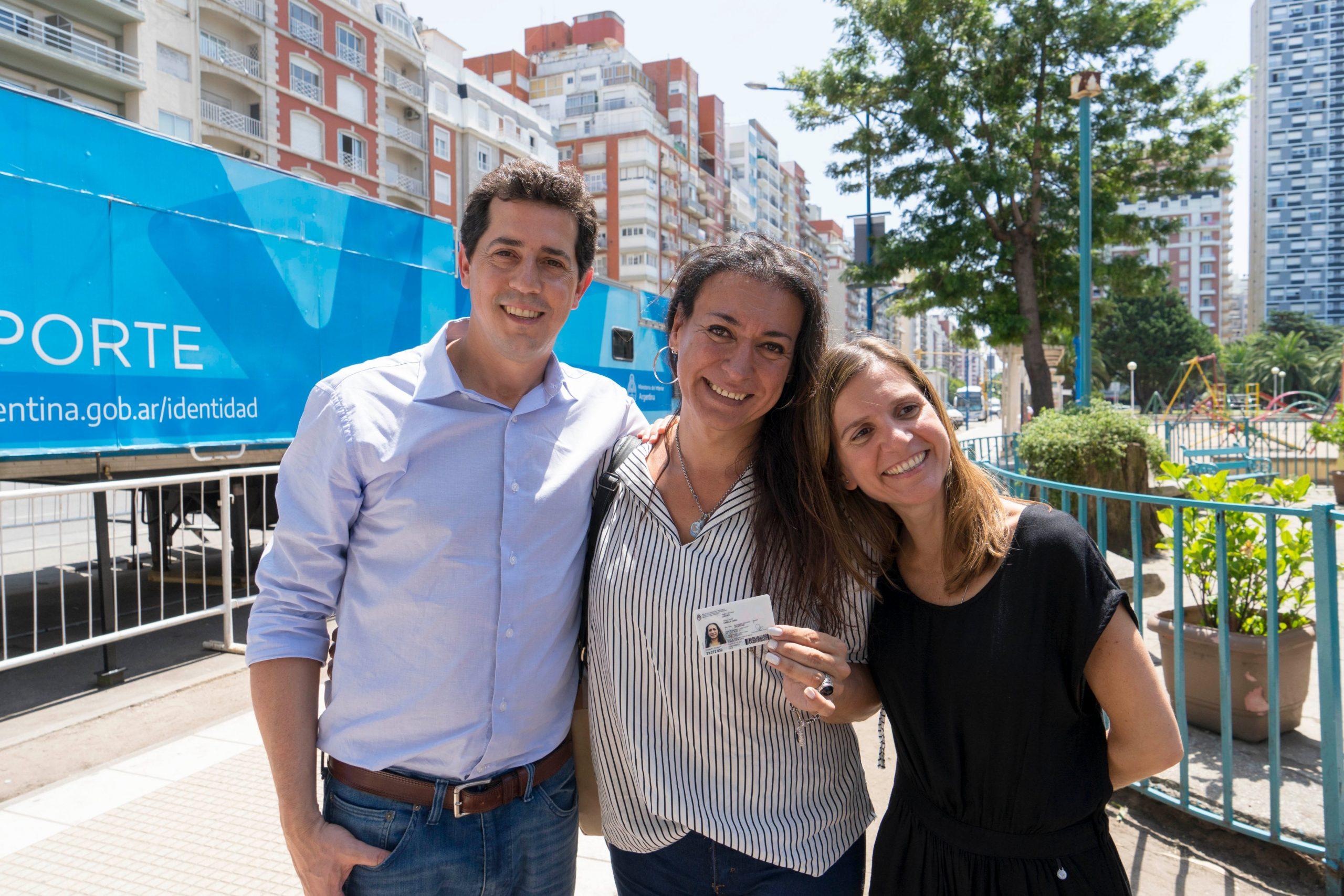Visita de ministros al Centro de Documentación Rápida en Mar del Plata
