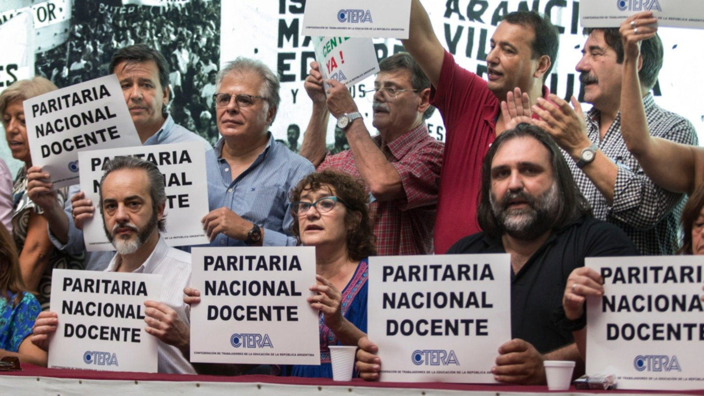 El Gobierno restablece la paritaria nacional docente tras dos años sin convocatoria